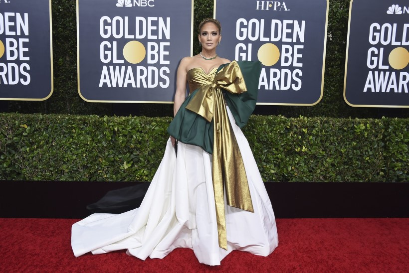 Mis juhtus? Jennifer Lopez astus Kuldgloobuste jagamisel kleidivalikuga totaalselt ämbrisse