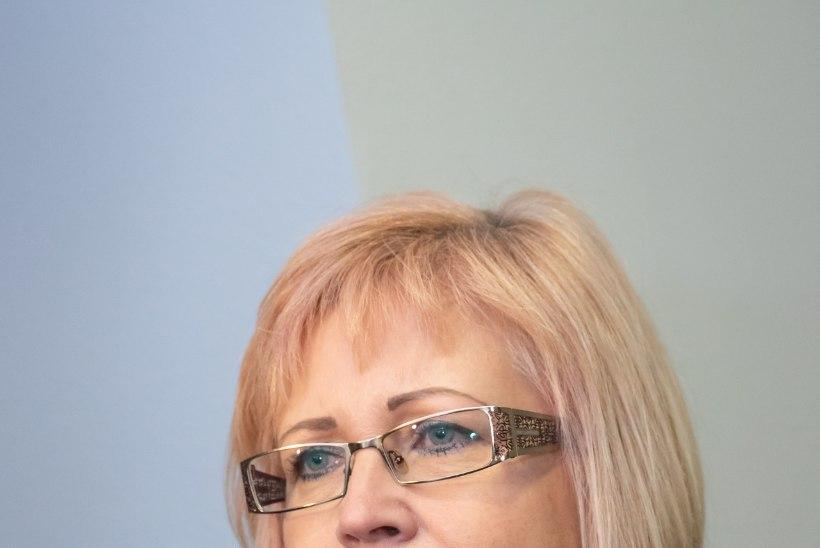 Vald otsis Kiviõli koolijuhi asjus õiguskantslerilt abi