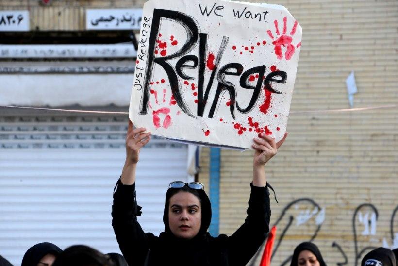 """Iraan kaalub USA-le vastukäiguks 13 erinevat """"kättemaksustsenaariumi"""""""