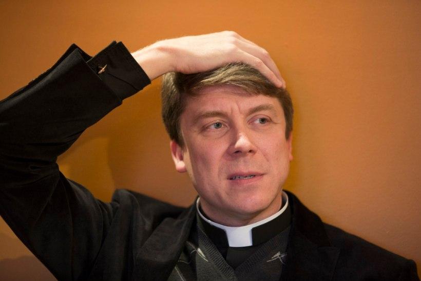 Peapiiskop Urmas Viilma: kas e-ajastul peaksid hiidlased praamiga pangakontorisse sõitma?!