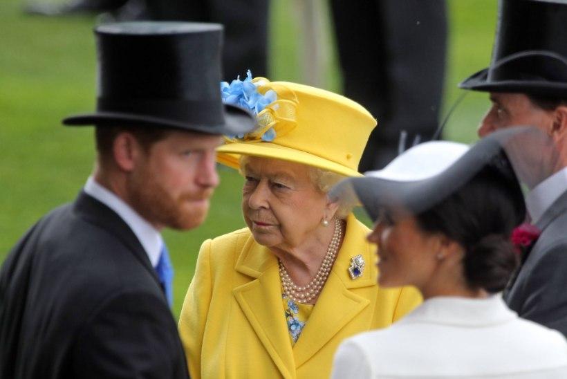 KEERULINE OLUKORD: prints Harry ja Meghani lahkumine tuli kuningannale šokina