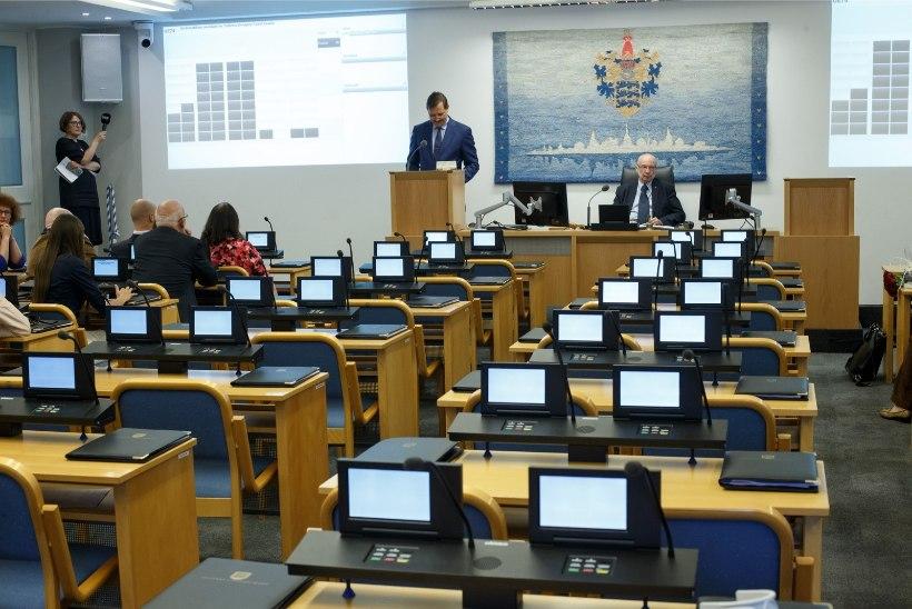 Tallinna linnavolikogu liikmel tuvastati koroonaviirus, tõenäoliselt käis ta haigena ka istungil