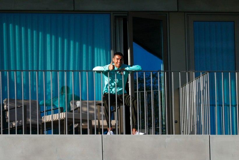 KLÕPS   Koroonapositiivse Ronaldo tervisega on kõik korras!