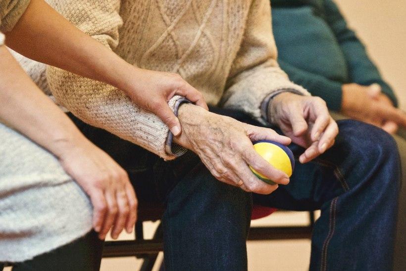 PÖÖRA AEGA TAGASI! 9 nippi, kuidas püsida oma vanusest noorem