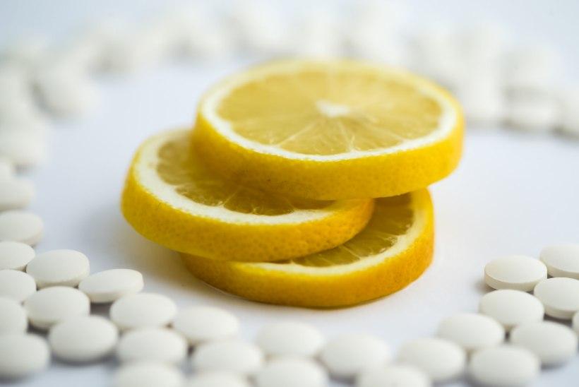 KAITSEB JA TOETAB: 5 põhjust, miks me vajame väga C-vitamiini