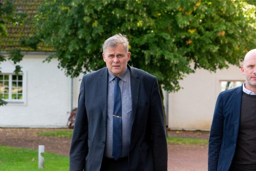 Isamaa juht Seeder ja minister Aeg ei näe Mart Helme sõnades tõsist probleemi ja töötavad temaga edasi. Minister Solman leiab, et igaüks peab oma sõnade eest vastutama