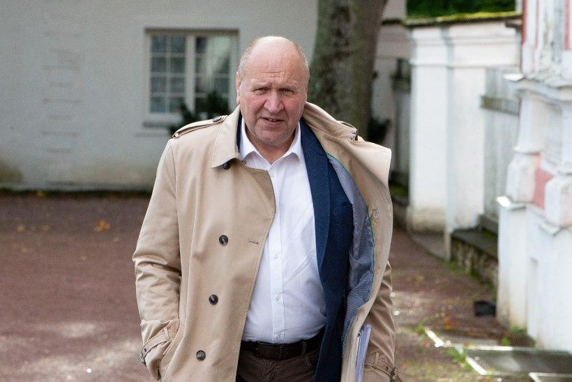 """""""Olukorrast riigis"""": Mart Helme ei sobi oma kommentaaride tõttu ministriks"""