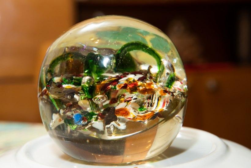 Armas ese: kaunis ornamentidega klaasmuna on kalli sõtsepoja mälestus