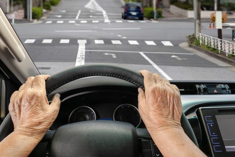 KOLUMN | Reet Linna: kas keskmist sõrme näidatakse asja eest või asjata?