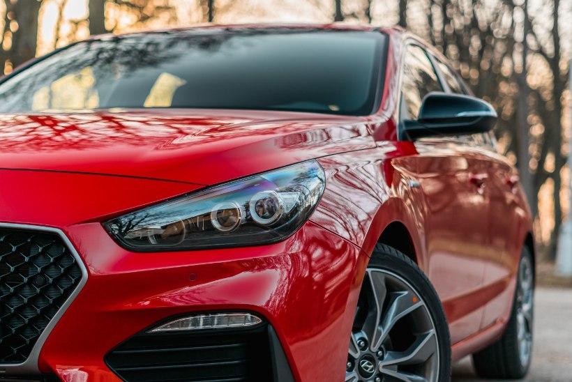 Liisinguekspert selgitab: mis vahet on auto kasutus- ja kapitalirendil?