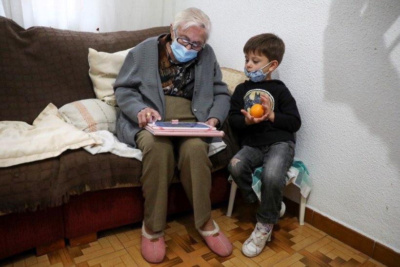99aastane vanaema alistas koroonaviiruse ning naasis videomängude juurde