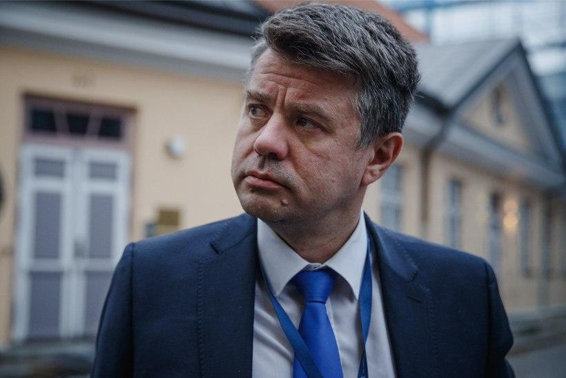 Koroonapositiivse Sloveenia välisministriga kohtunud Urmas Reinsalu jääb karantiini