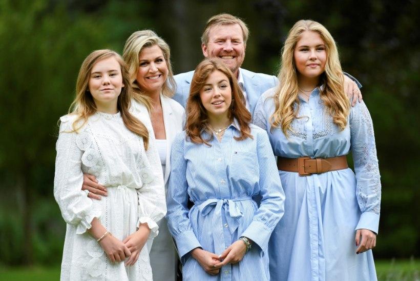 Hollandi kuningas palub andestust, et ta perega puhkusereisil käis