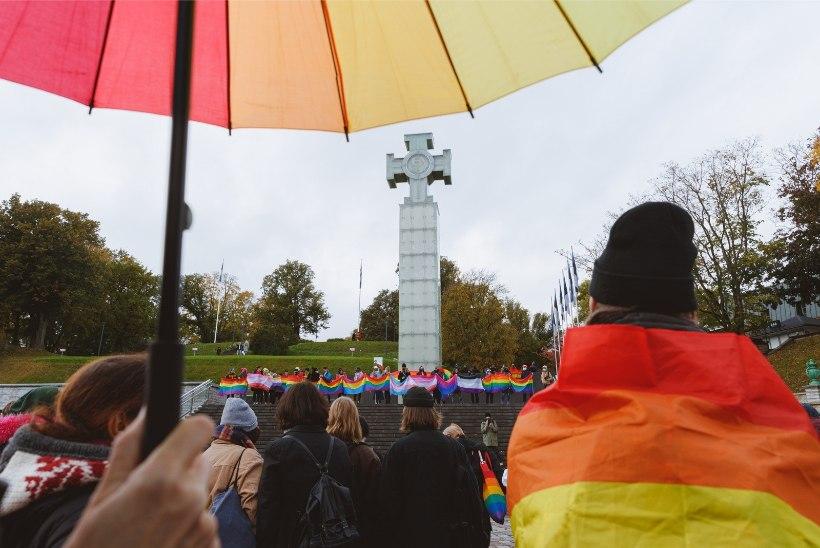 EESTI KUULUB EUROOPASSE?! Varasemad idabloki riigid kardavad ühiselt homosid