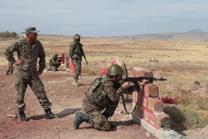 Armeenia ja Aserbaidžaan rikkusid USA vahendatud uut relvarahu vaid loetud minutitega