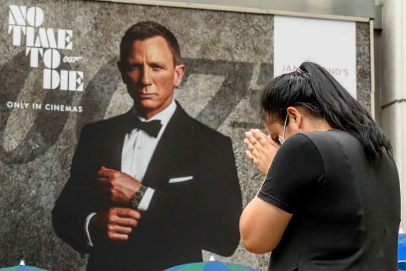 PETTUMUS: Uue Bondi-filmi esilinastus lükkub jälle edasi