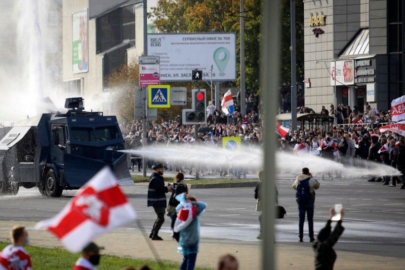 Minskis tulid tuhanded protestijad tänavaile