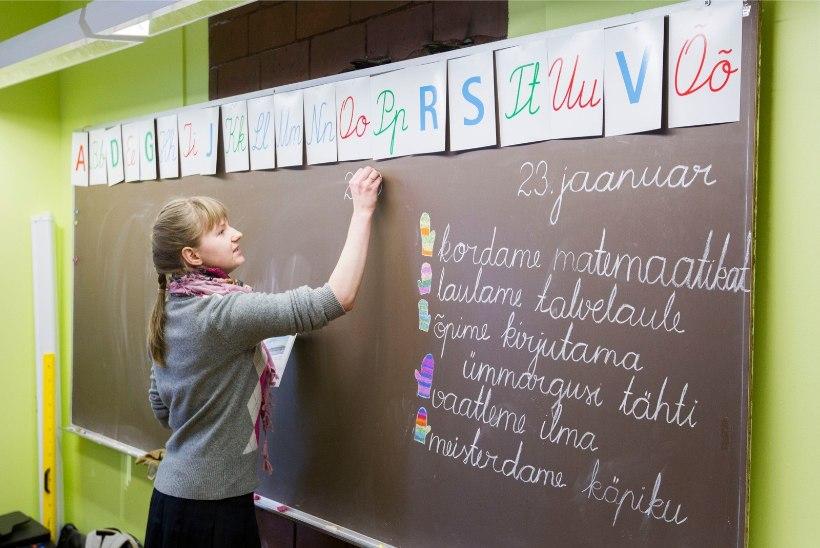 Haridustöötajad hoiatavad õpetajate palga külmutamise korral streigiga