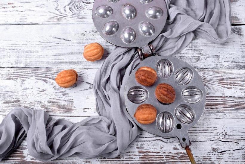 RAHA PÖÖNINGUL   Kas nostalgilised küpsiserauad tasub vanakraamiturul müüki panna?