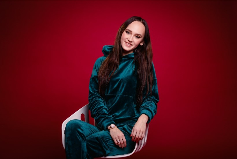 ÕL VIDEO | EESTLANNAD ONLYFANSIS | Siivutute piltide jagaja Sigrid: kuuga saab kätte klienditeenindaja palga