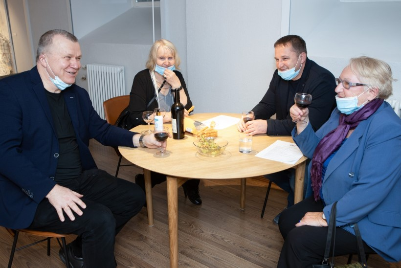"""Haus galeriis avati eksootiliste tühermaade näitus """"Koha mälu III"""""""