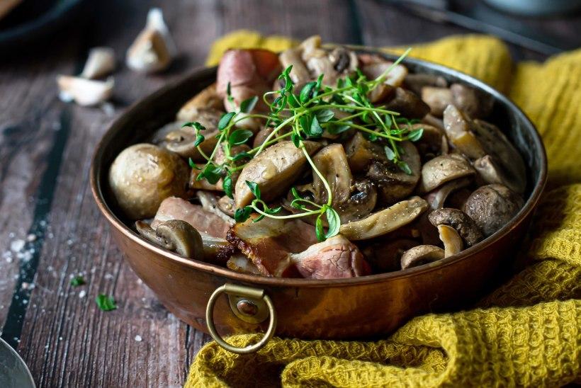 AHJU JA VALMIS! Ahjušampinjonid suitsupeekoni ja tüümianiga, köögiviljahautis hakklihaga ning pirnid Gorgonzola juustu ja Kreeka pähklitega