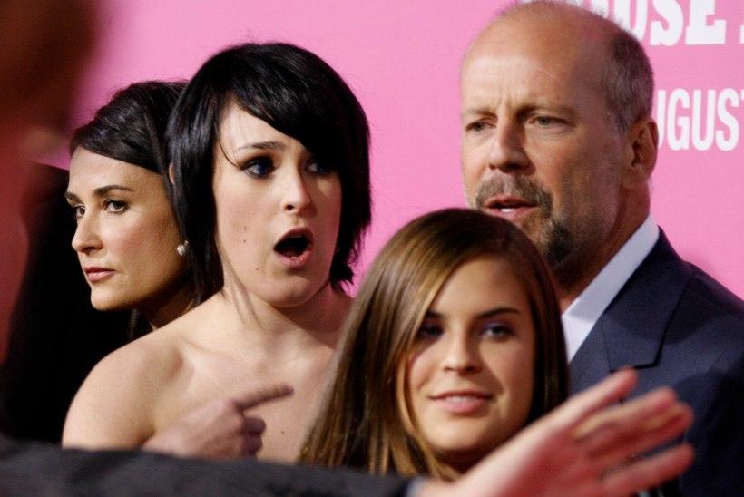 Viie tütre isa Bruce Willis nõuab, et tema esiklaps sünnitaks poja