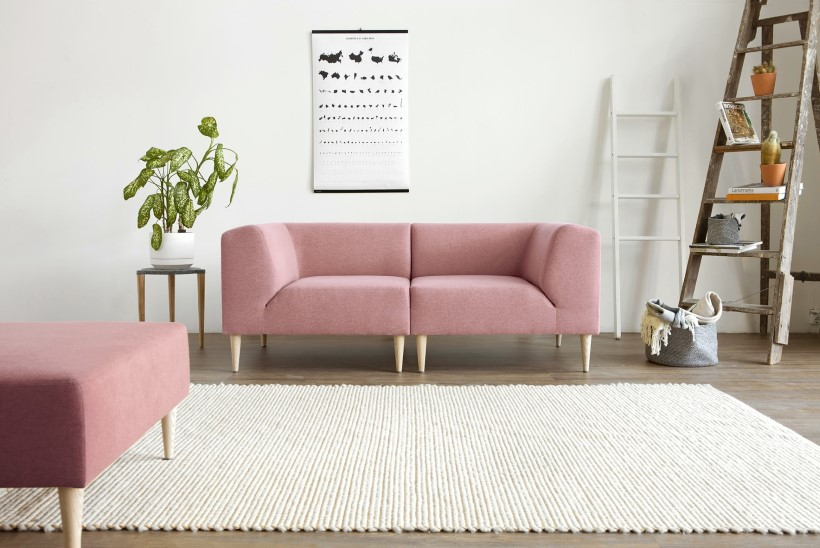 Oot-Oot Stuudio annab nõu: kuidas valida ergonoomiline diivan ning millised stiilid ja värvid on ajatud?