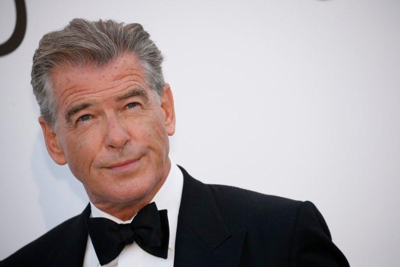 Eks-Bond Brosnan kirjutas Sean Conneryle liigutava järelehüüde
