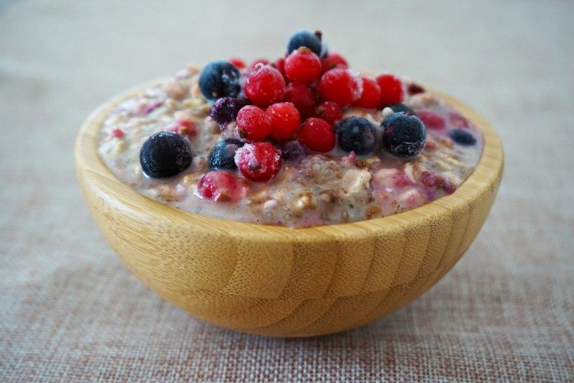 TÄHISTA NACHOPÄEVA! Pista maisijahust krõpsud juustu, kastme, tšilli ja lihaga ahju