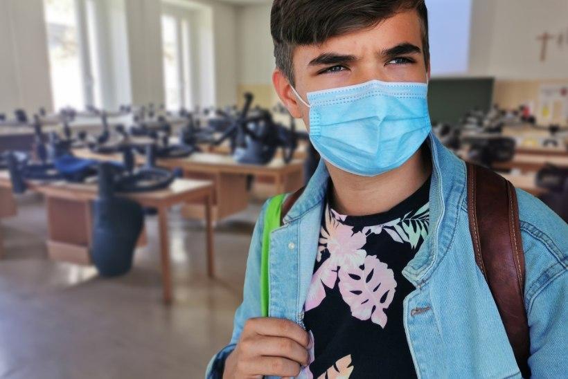 KOROONA VOHAB LASTE SEAS: terviseamet annab nõu, kuidas vältida noorte nakatumist