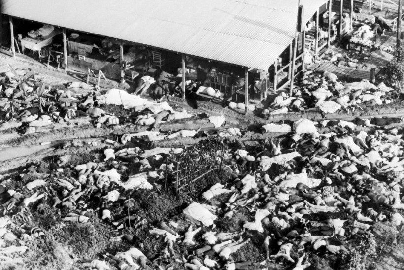 1978: USA usuguru korraldas ligi tuhande ohvriga massienesetapu