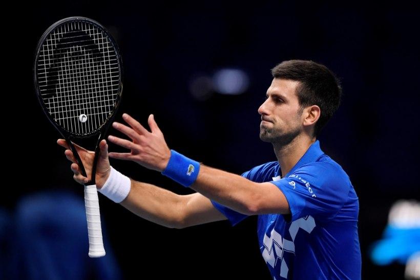 Djokovic sai aastalõputurniiril kindla võidu, selgusid poolfinalistid