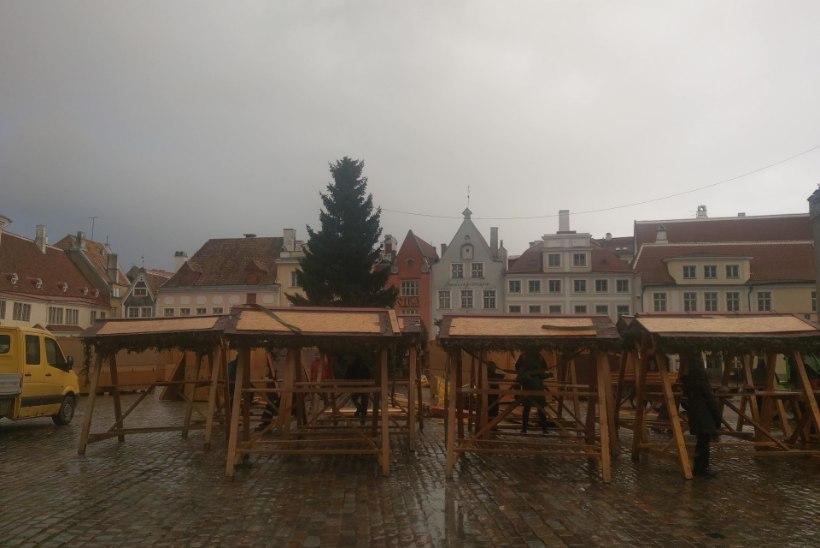 JUBA EHITATAKSE! Tallinna jõuluturg tuleb pisem, maskides, aga ikkagi kingituste ja hõrgutistega