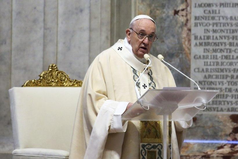 Paavst Franciscus: surmalähedane kogemus aitab mul koroonahaigeid mõista