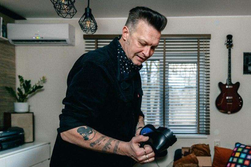 Ootamatu asjade käik – muusik Andrus Kasesalust sai ühtäkki jalatsidisainer