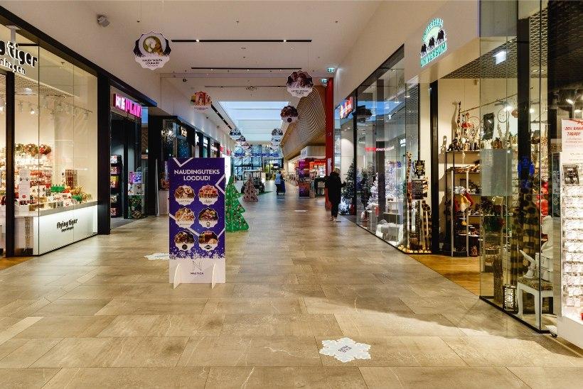 GALERII | MIS MUST REEDE? Kaubanduskeskused on suurel ostupäeval inimestest tühjad