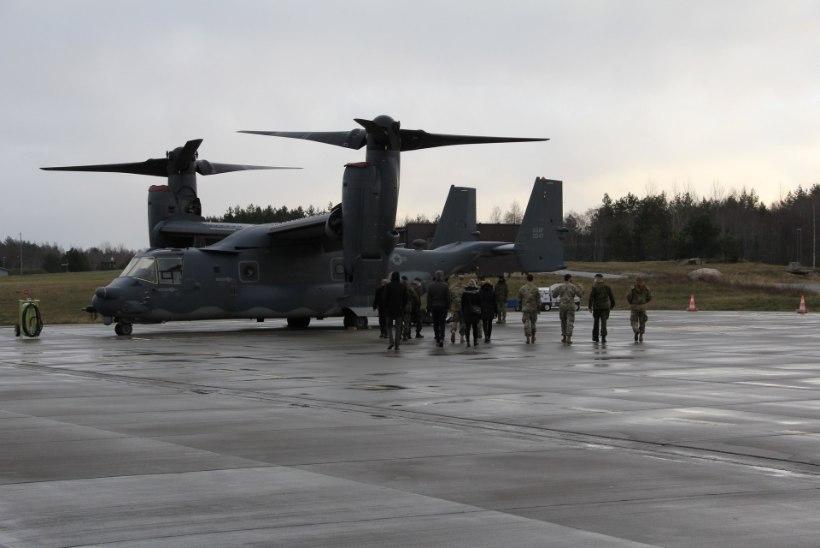 FOTOD   Kaitseminister Luik kohtus USA õhuväe eriüksusega