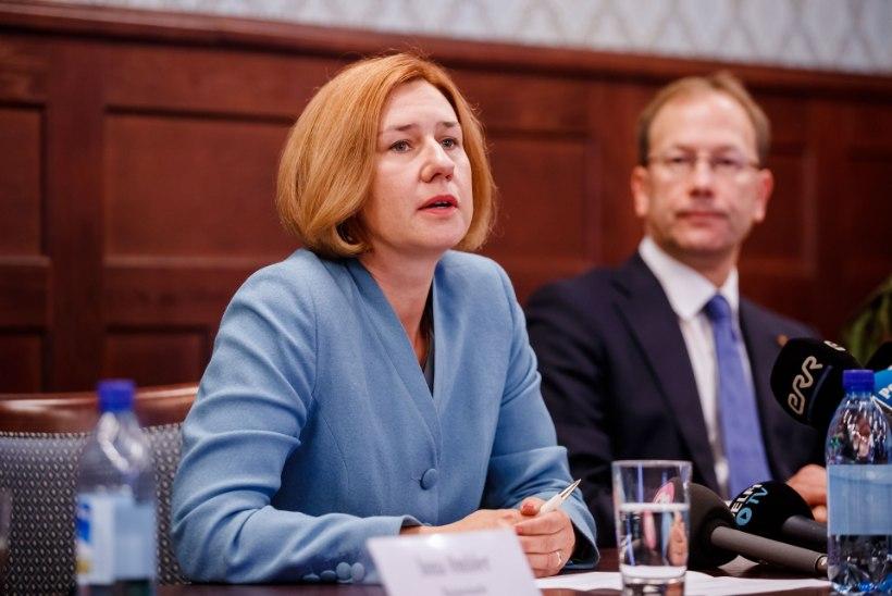 Lavly Perling korraga prokuratuuris ja poliitikas olemises probleemi ei näe: nii on ka mitmel pool mujal Euroopas
