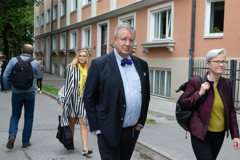 Toomas Hendrik Ilves: Eestit juhib keskajas kinni, harimatu ja madalalaubaline Talibani valitsus