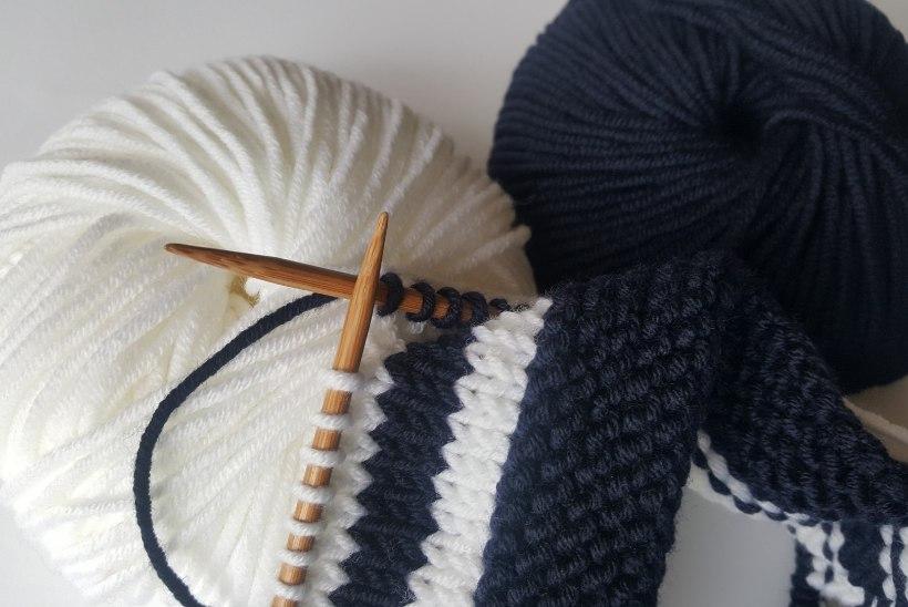 TEEME SELGEKS: kuidas kududa triibulist mütsi?