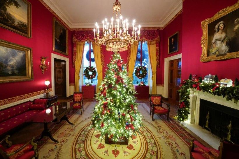 Kas verekuuskede eest pilgata saanud Melania pani nüüd Valge Maja jõulukaunistustega täppi?