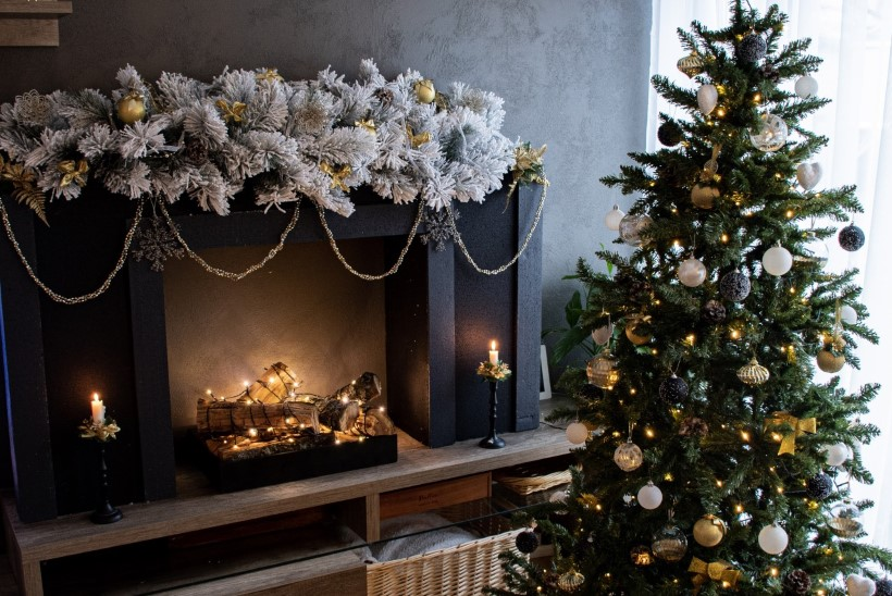 VIDEO | Võta snitti: naine tegi ise jõuludeks tuppa dekoratiivse kamina