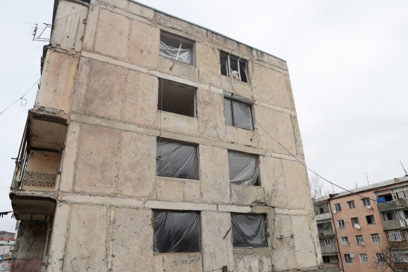 Punane Rist: Mägi-Karabahhi hukkunute leidmist raskendavad maas vedelevad lõhkekehad ja lumi