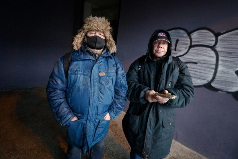 ÕL VIDEO | TRAGID TÖÖMESILASED: kodutuks jäänud ekskavaatorijuht ja ehitaja otsivad tööd, et tänavalt pääseda