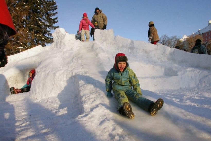 USKUMATU GALERII | Need iidsed fotod meenutavad aegu, mil talvel oli Eesti lumekattes