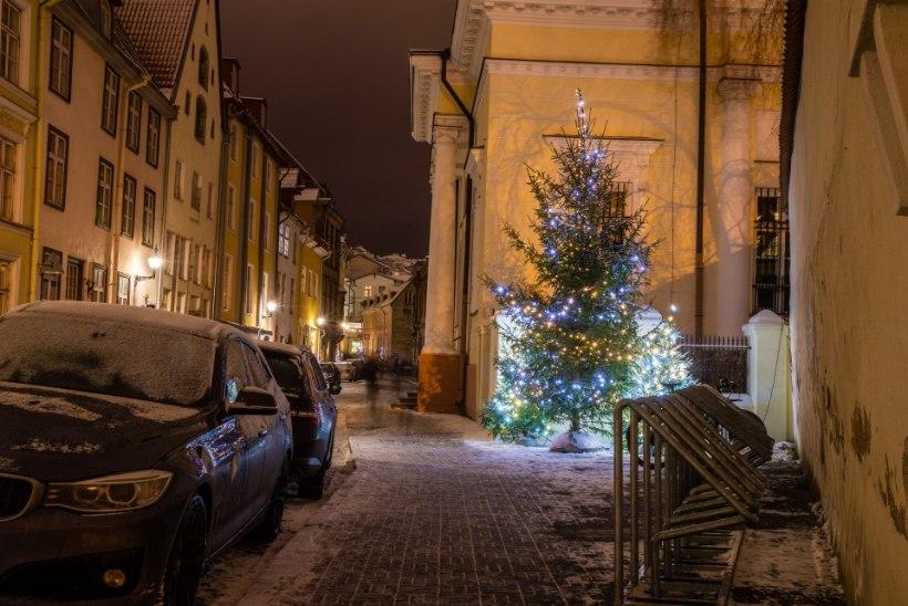 MUSTAD VÕI VALGED JÕULUD? Vaata lumekaartidelt, milliseid talvepühasid on Eestis rohkem olnud