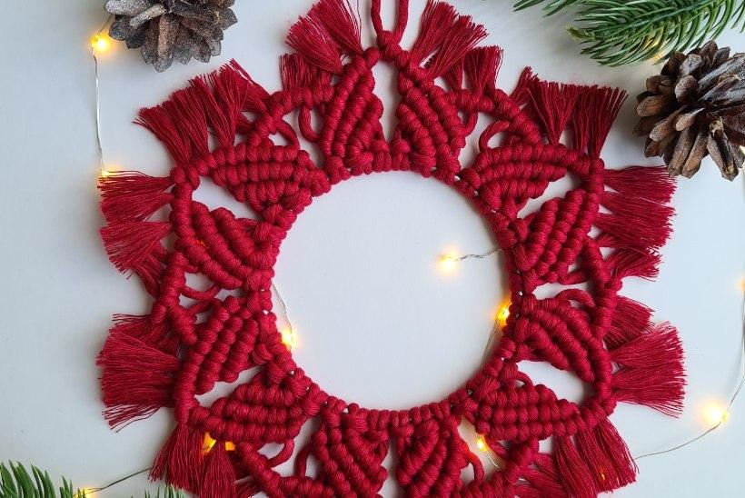 Seo salasoovid sõlme ja riputa seinale: makrameetehnikas jõulupärg