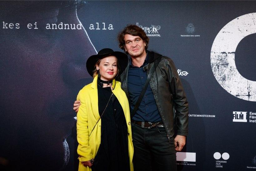 FOTO | Probleemid lahendatud? Tuuli Roosma ja Arbo Tammiksaar meisterdasid koos traditsioonilise eluka