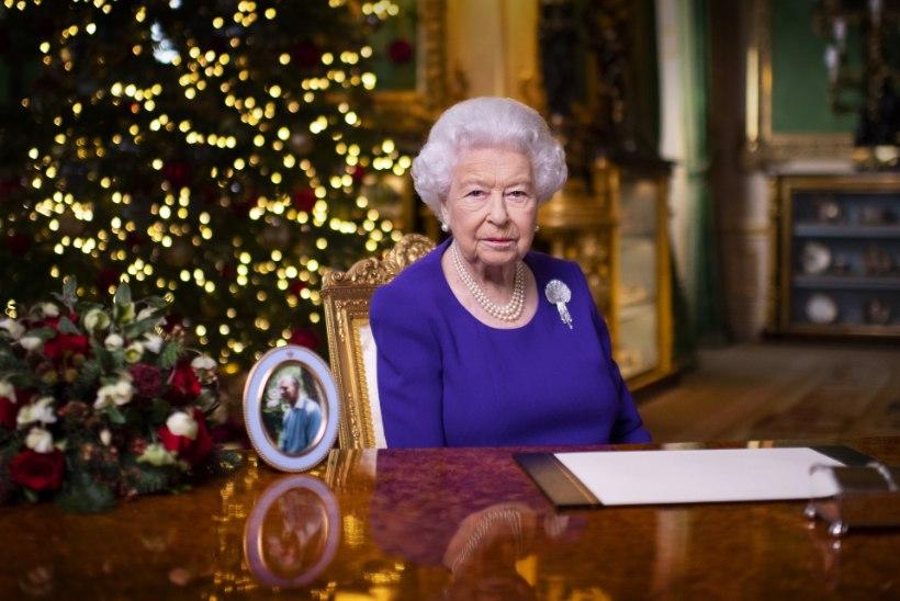 """VIDEO   Elizabeth II jõulutervituses neile, kes veedavad pühad pere ja sõpradeta: """"Te pole üksi."""""""